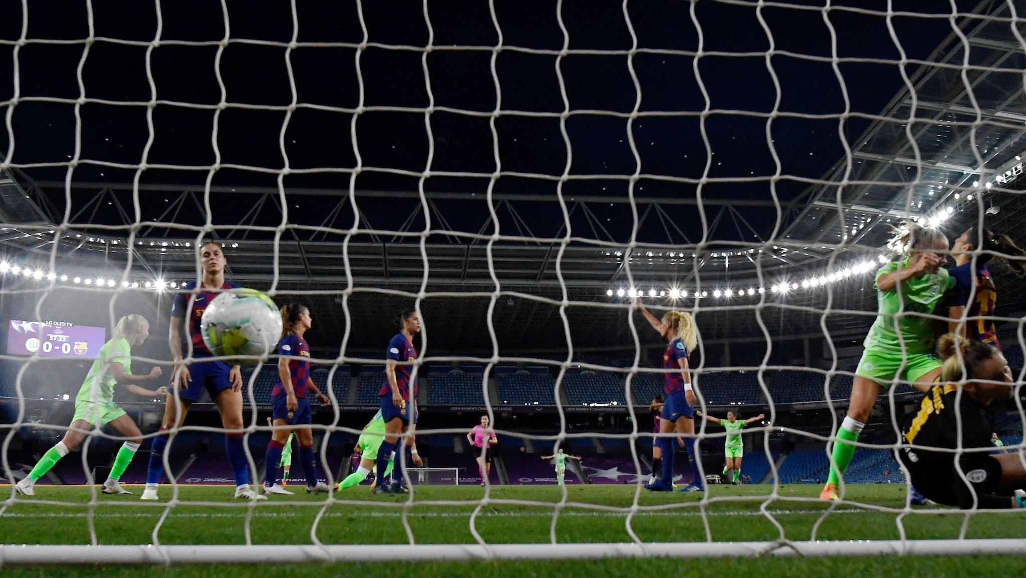 Wolfsburg 1-0 Barcelona: semi-final report