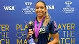 Delphine Cascarino con el trofeo