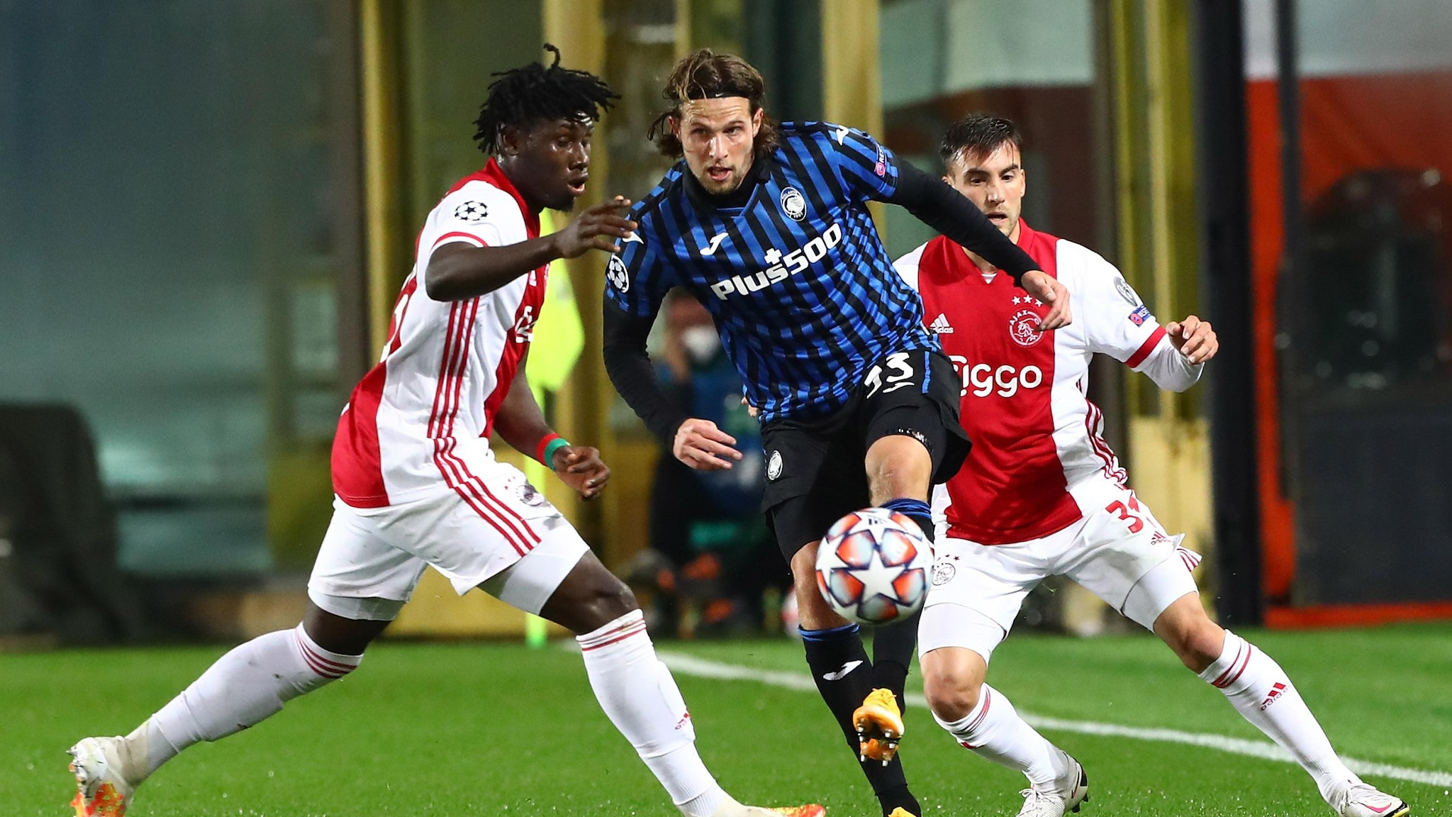 Highlights Atalanta 2 2 Ajax Uefa Champions League Uefa Com