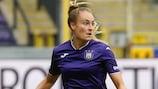 Tessa Wullaert bisou na vitória que apurou o Anderlecht