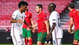 N'Golo Kanté festeja o golo que marcou com Kingsley Coman