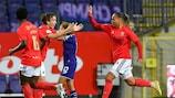 Il Benfica ha vinto in casa dell'Anderlecht qualificandosi ai sedicesimi all'esordio nel torneo