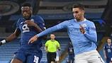 Wilson Manafá (Porto) e Ferrán Torres (Manchester City) na primeira jornada