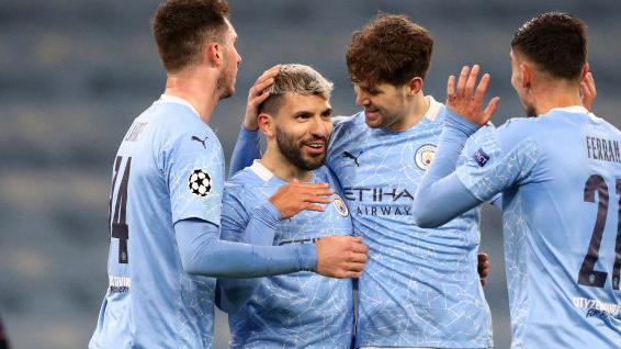 Resumen De 2 Minutos Man City Marsella 3 0 Uefa Champions League Uefa Com