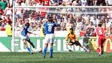 Filippo Inzaghi traf am 11. Juni 2000 in Arnheim per Elfmeter für Italien gegen die Türkei
