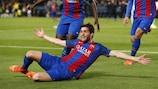 Sergi Roberto esulta dopo il gol decisivo contro il  Paris nel 2017