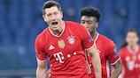 Bayerns Robert Lewandowski ist alleiniger Dritter