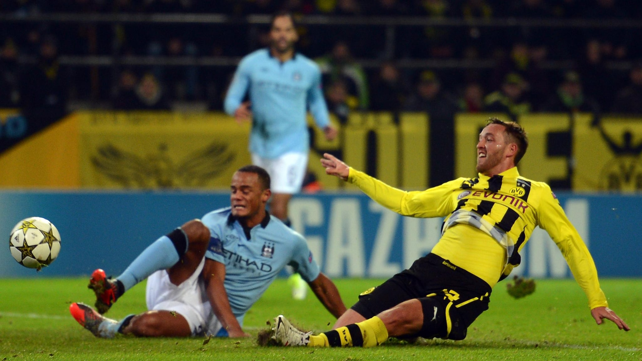 Guarda il successo del Dortmund contro il City nel 2012 | UEFA Champions  League