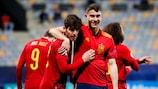La Spagna esulta dopo il secondo gol contro la Slovenia alla prima giornata