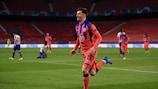Mason Mount esulta dopo il primo gol del Chelsea