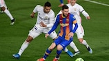 Messi jugó 44 clásicos