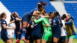 Team of Paris celebrates during the Women's Champions League match between Lyon and Paris Saint Germain on April 18, 2021 in Lyon, France. (Photo by Romain Biard/Icon Sport via Getty Images)