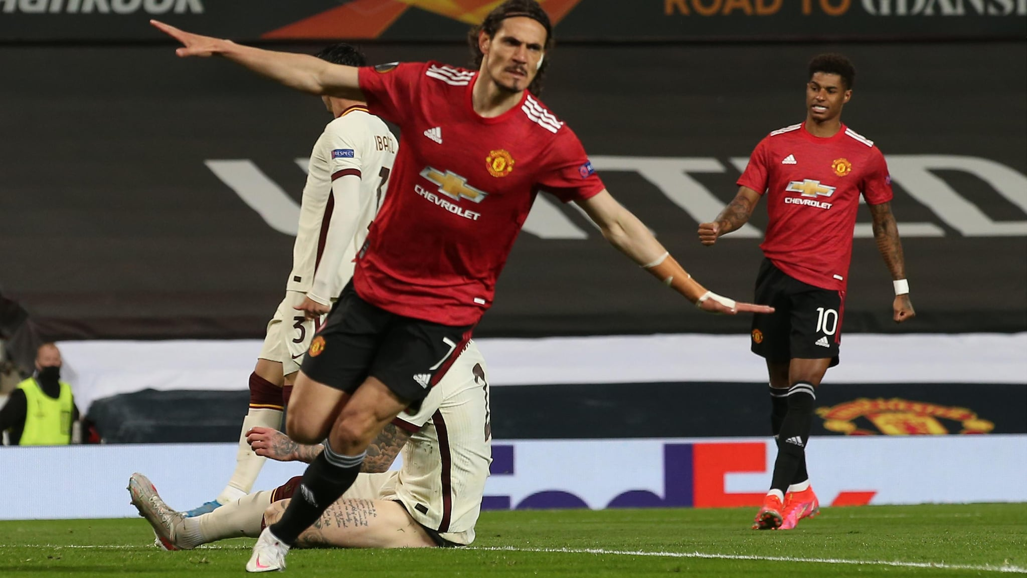 Man. United-Roma | Manchester United 6-2 Roma: Fernandes and Cavani star  for rampant hosts | UEFA Europa League | UEFA.com