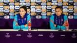 Barcelona's Paños and Losada on final