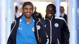 Royad Mahrez y N'Golo Kanté en Leicester