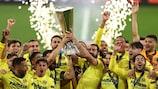 Les joueurs de Villarreal célèbrent leur premier titre européen