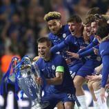 Mira el momento en el que el conjunto inglés alzó el trofeo de la Champions League.