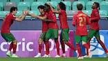 Jotta es felicitada tras marcar el cuarto gol de Portugal
