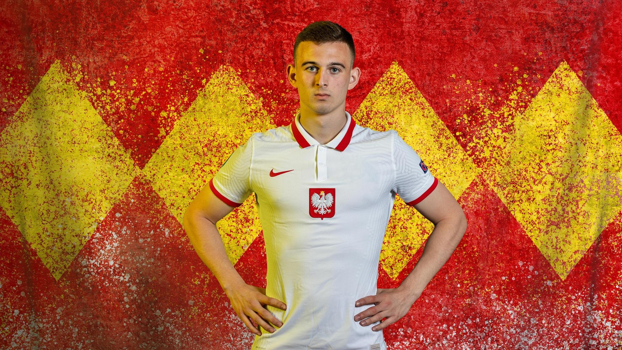 Poland's EURO record-breaker Kacper Kozłowski showing maturity beyond his  years | UEFA EURO 2020 | UEFA.com