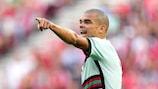 Pepe, referente de la zaga portuguesa a sus 38 años