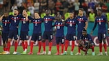 La tensione dei giocatori francesi durante i rigori contro la Svizzera