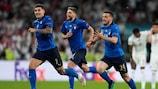 Los jugadores de Italia celebran la victoria