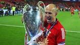 Se retira un extremo para la historia: Arjen Robben