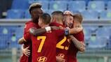 La Roma festeggia uno dei gol segnati contro il TRabzonspor