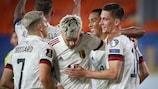 Belgien feiert den Treffer von Dennis Praet gegen Belarus